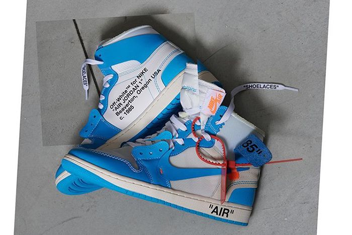 Off White Aj1 Unc On Foot 5