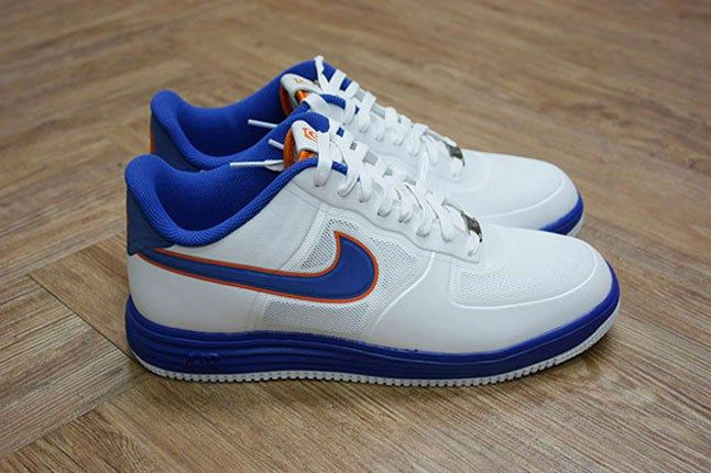 White Bearbrick Nike 1