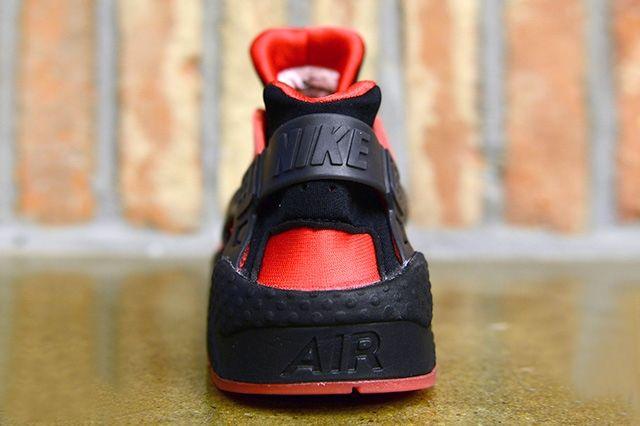 Nike Air Huarache Qs University Red 3