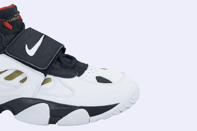 Nike Air Diamond Turf Ii Black White Metallic Gold 5 1