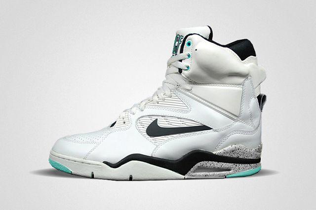 Nike Air Command Force 2014 Retro