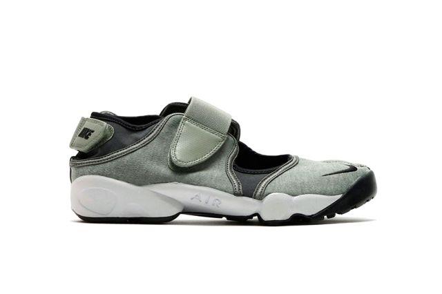 Nike Air Rift Jade Stone 3