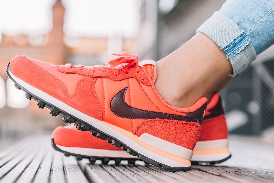 Nike Internationalist Wmns Ember Glow 1