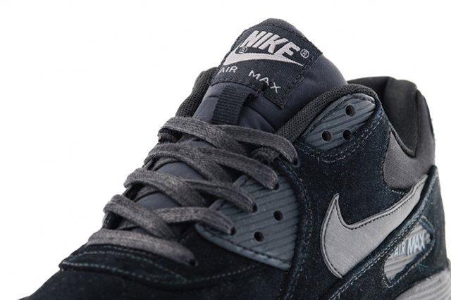 Nike Air Max 90 Suede Black Tongue