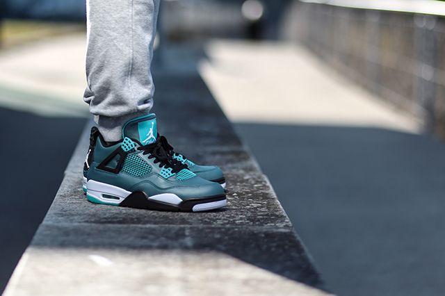 Air Jordan 4 Teal On Foot 2