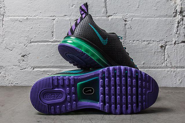 Nike Air Max Motion Black Grape 1