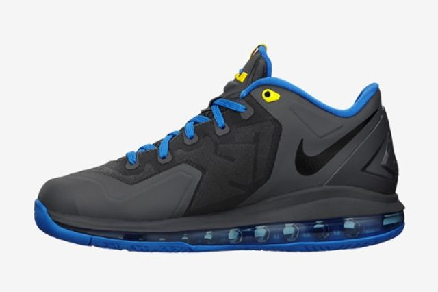 Nike Le Bron 11 Low Gs Dark Grey Photo Blue 3