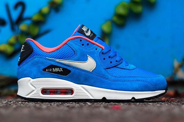 Nike Air Max 90 Essential 1