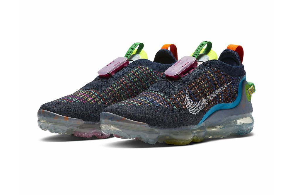 Nike Air VaporMax 2020 FlyKnit Angled