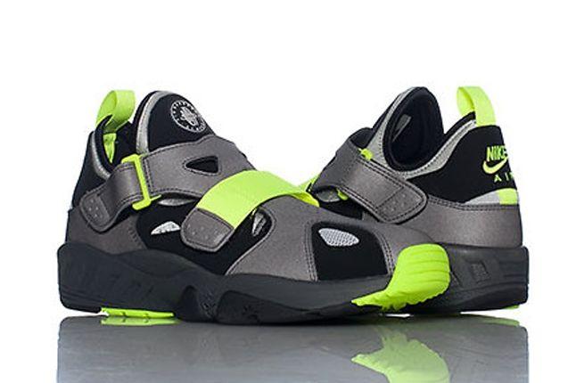 Nike Huarache 94 Front To Back 1