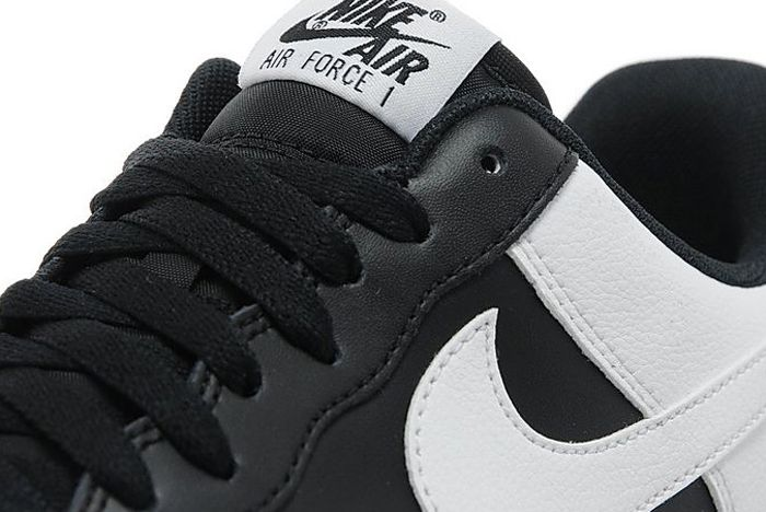 Air Force 1 Black White 3