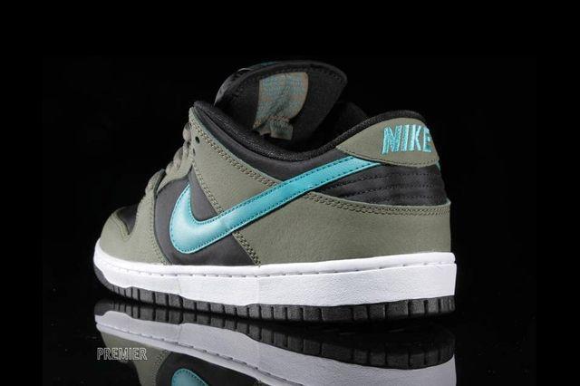 Nike Sb Dunk Low Olive Turbo Green 2
