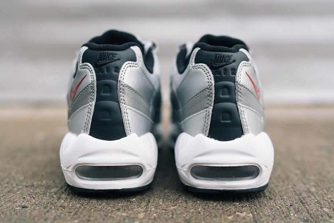 Nike Air Max 95 Silver Bullet 2 1