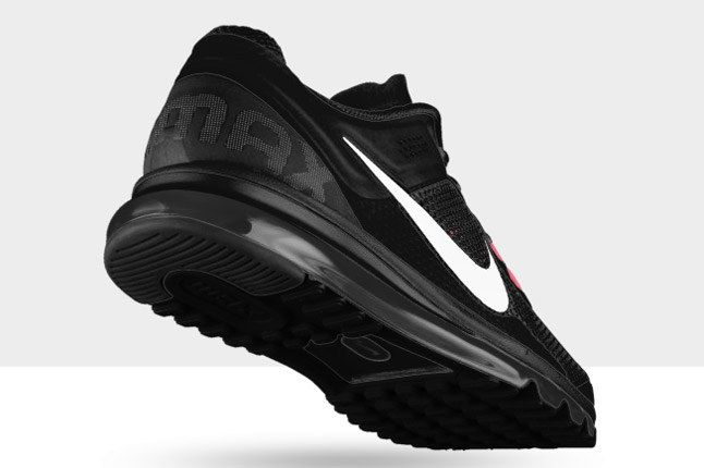 Nikeid Air Max Black White Heel 1