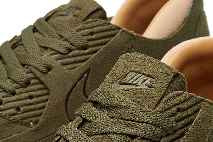 Nike Air Max 90 Royal Rough Green 3