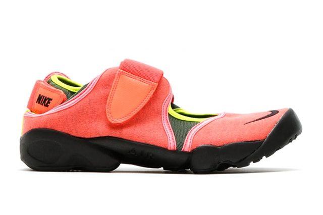 Nike Air Rift Hot Lava 1