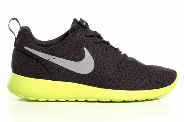 Nike Sportswear Roshe Run 02 1