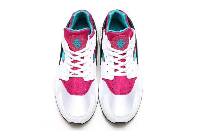 Nike Wmns Air Huarache Emerald Fuchsia 4