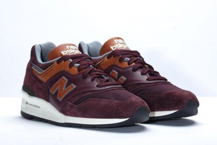 New Balance 997 Burgundy 21