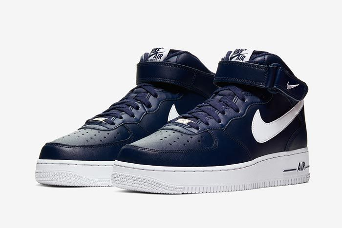 Nike Air Force 1 Mid Navy White Pair