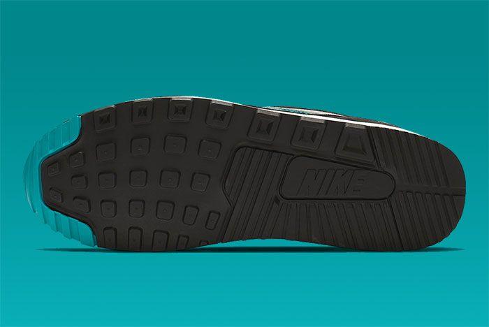 Nike Air Max Light Teal Sole Shot