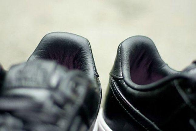 Nike Air Force One 1 Supreme Black Camo Heels Close 1