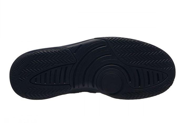 Jordan Max Aura Triple Black Sneaker Freaker1