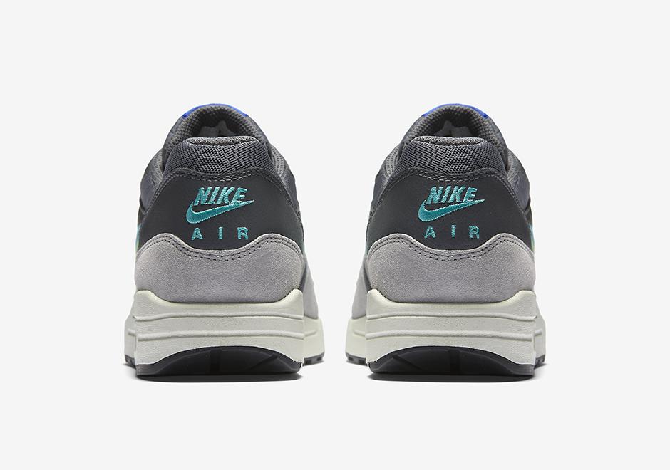 Nike Wmns Air Max 1 Jade Swoosh 4