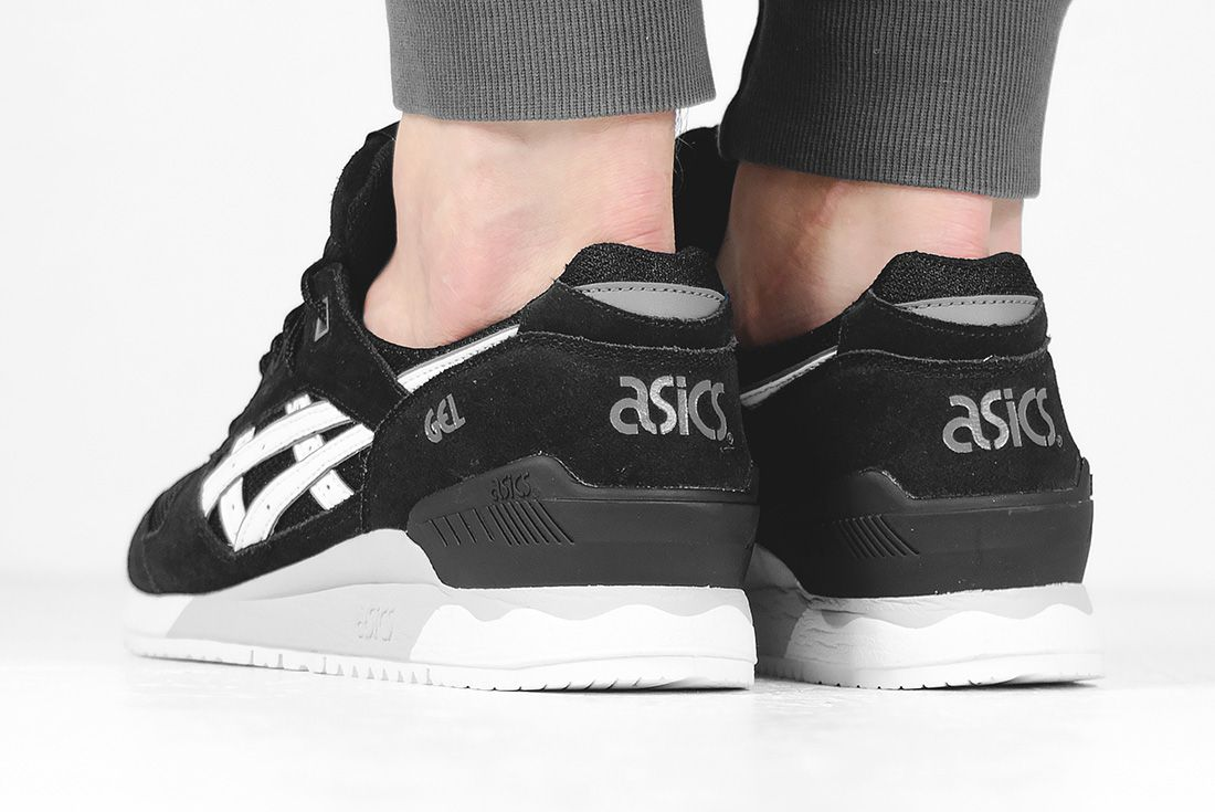 Asics Gel Respector Core Plus Black White3