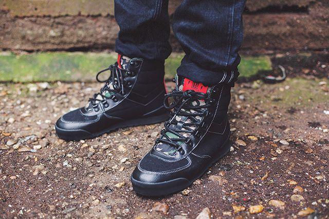 Ponyx Rothco 12 Boot