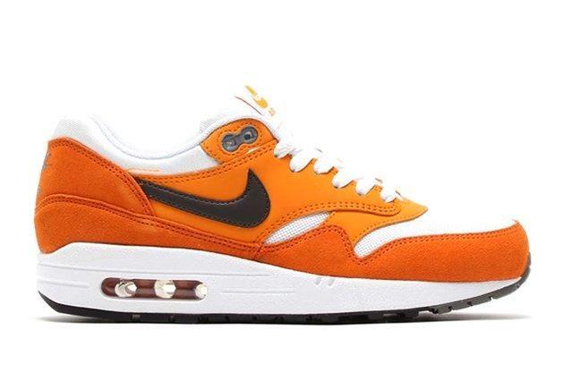 Nike Air Max 1 (Kumquat/White