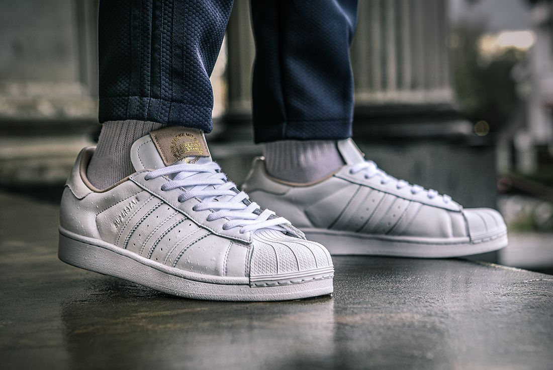 Adidas Superstar Home Of Classics Right Side