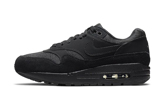 Nike Air Max 1 Triple Black 319986 045 Release Date Lateral