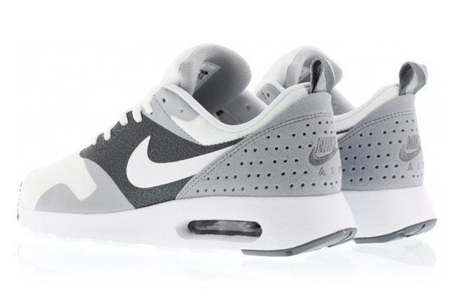 Nike Air Max Tavas White Grey 4