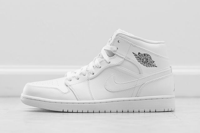 Air Jordan 1 Mid Essentials Pack 6