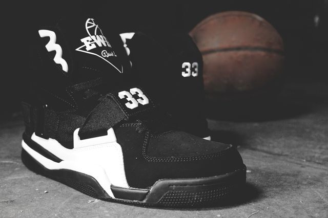 Ewing Athletics Concept Black White 2