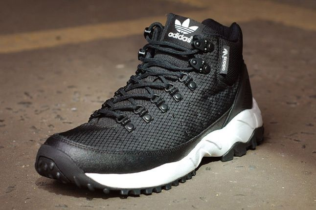 Adidas Torsion Trail Nightblk Toe Quarter