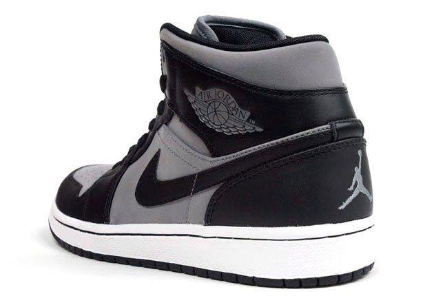 Air Jordan 1 Raiders 8 1