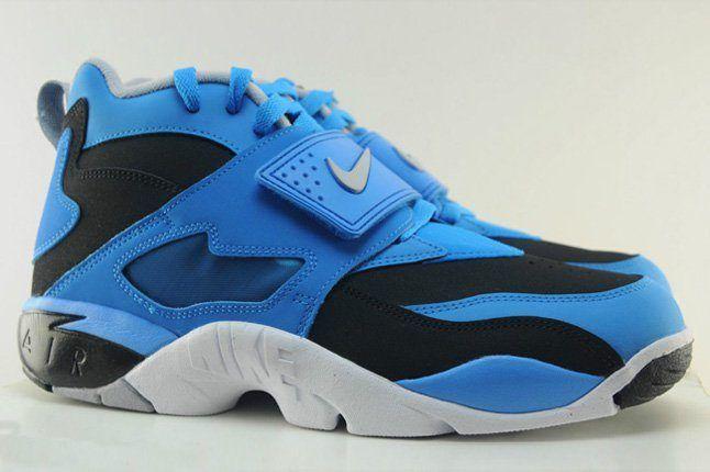 Nike Air Diamond Turf Blue Hero 1