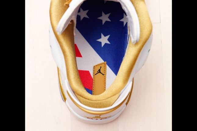 Air Jordan Golden Moments Pack 11 1