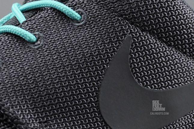 Nike Roshe Run 2Faced Black Swoosh Detail 1
