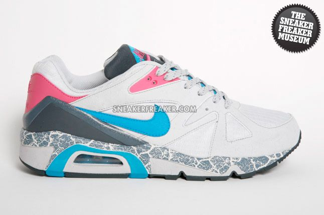 Nike Air Structure Triax 2009 Pavement 1