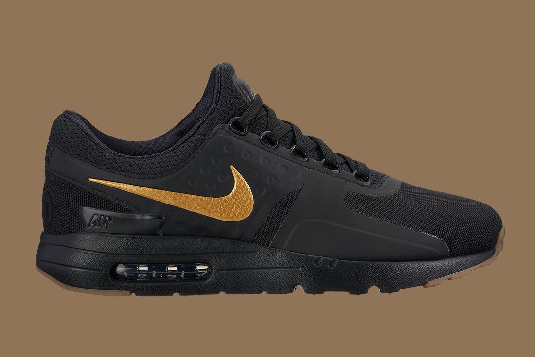 Nike Black Gold Pack 15