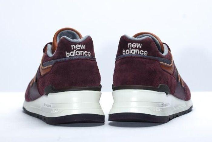 New Balance 997 Burgundy 61