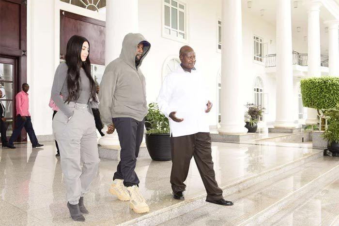 Kanye Gifts Urugayan President Yeezys 2