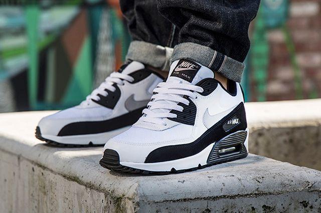 Nike Air Max 90 White Wolf Grey Black