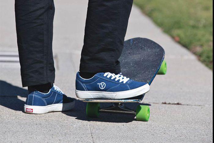 vans authentic navy blue on feet