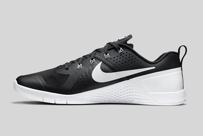 Nike Metcon 1 Black White 4