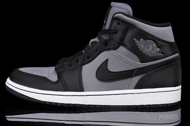 Air Jordan 1 Phat Cool Grey Black White 01 1