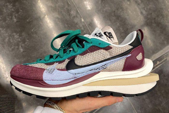 Michael Lamjc Sacai Nike Vaporwaffle Maroon In Hand